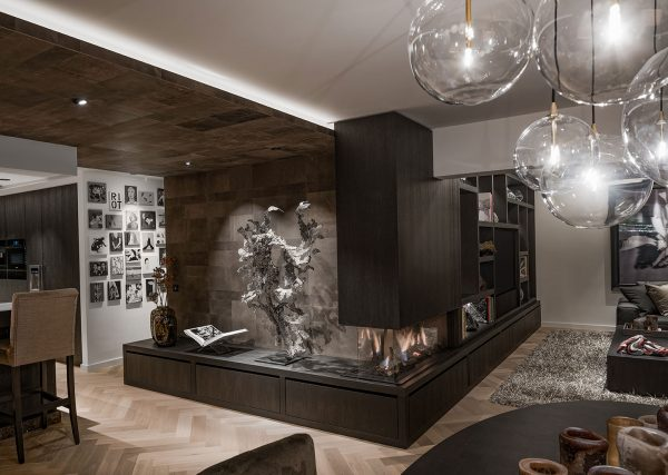 Leather Flooring and Wall Coverings